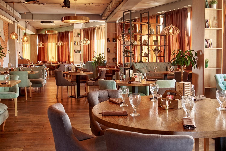 Ресторан Joy House. Москва поселение Внуковское, 30-й квартал, 1, стр. 1