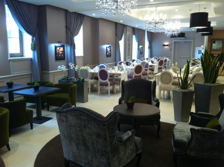 Ресторан La promenade. Москва Смоленская пл., 6, гостиница «Mercure Арбат Москва»