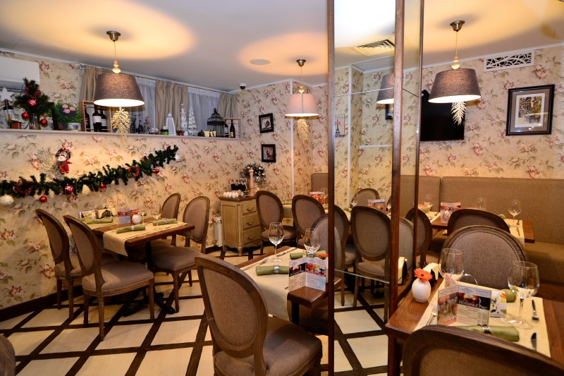 Ресторан Le petit Paris. Москва Б.Бронная, 23, гостиница «Де Пари»